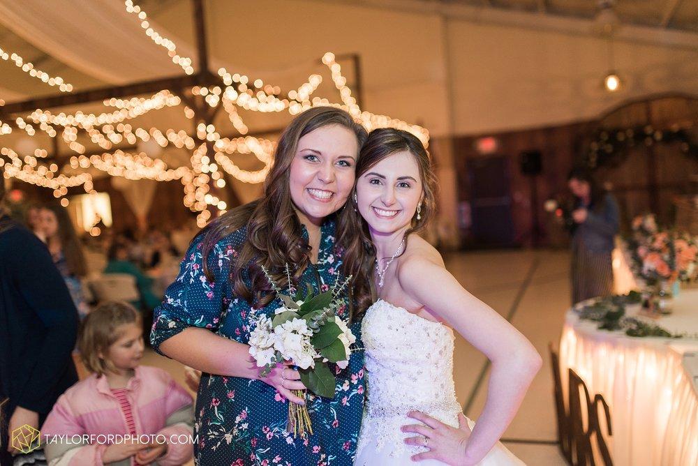 kingsley-united-methodist-church-van-wert-ohio-wedding-photographer-Taylor-Ford-Photography_6869.jpg