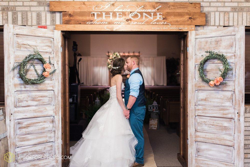 kingsley-united-methodist-church-van-wert-ohio-wedding-photographer-Taylor-Ford-Photography_6872.jpg