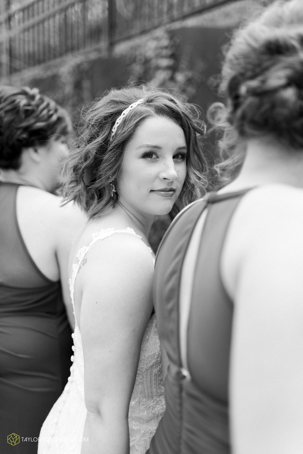 the-philmore-on-broadway-downtown-fort-wayne-indiana-wedding-photographer-Taylor-Ford-Photography_6901.jpg