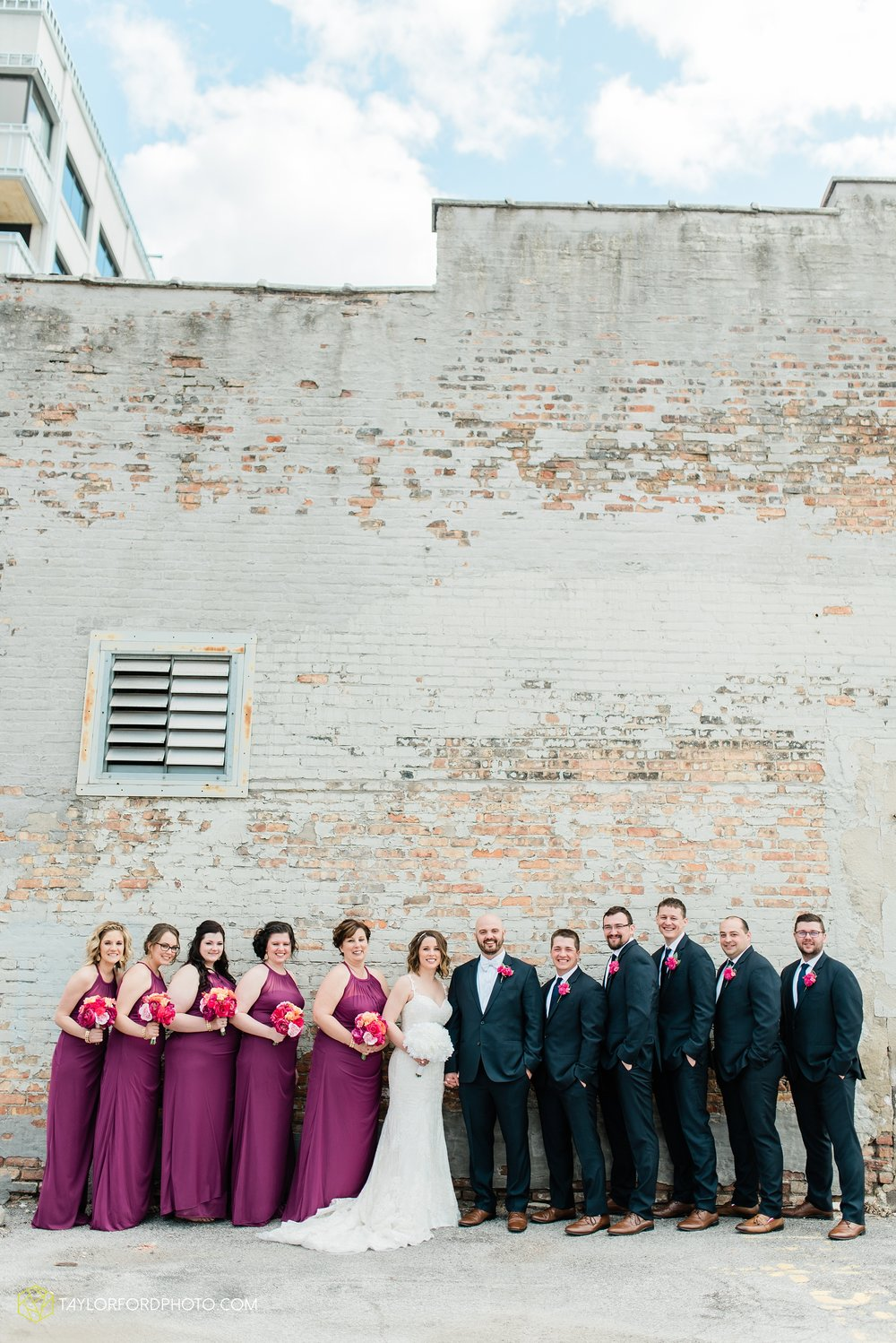 the-philmore-on-broadway-downtown-fort-wayne-indiana-wedding-photographer-Taylor-Ford-Photography_6924.jpg