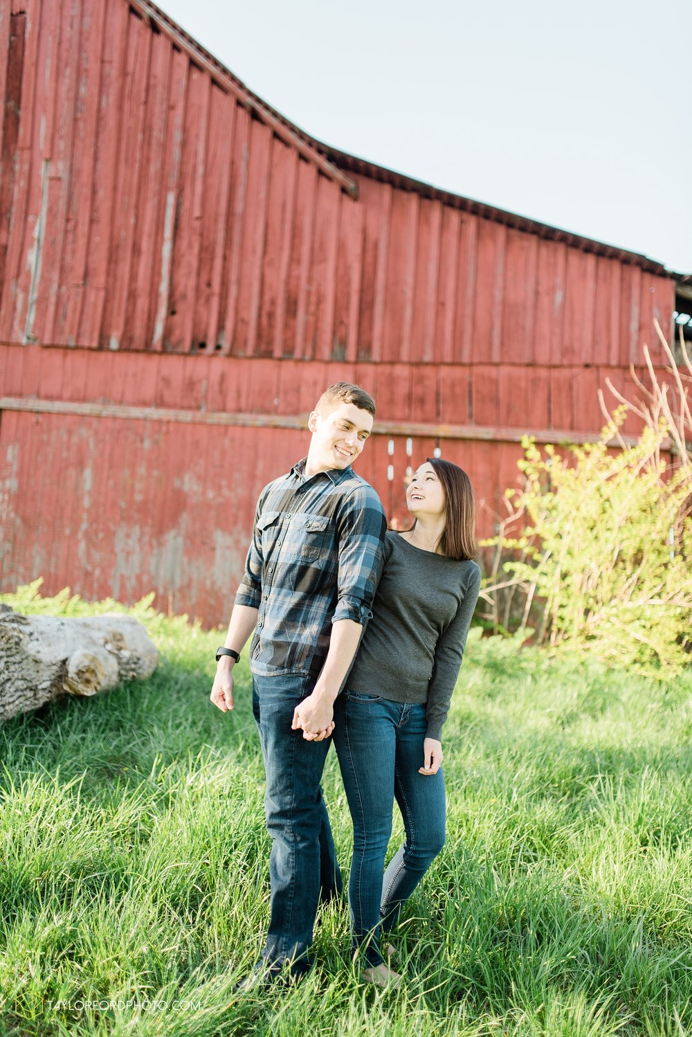 troy-ohio-engagement-wedding-photographer-Taylor-Ford-Photography_7013.jpg