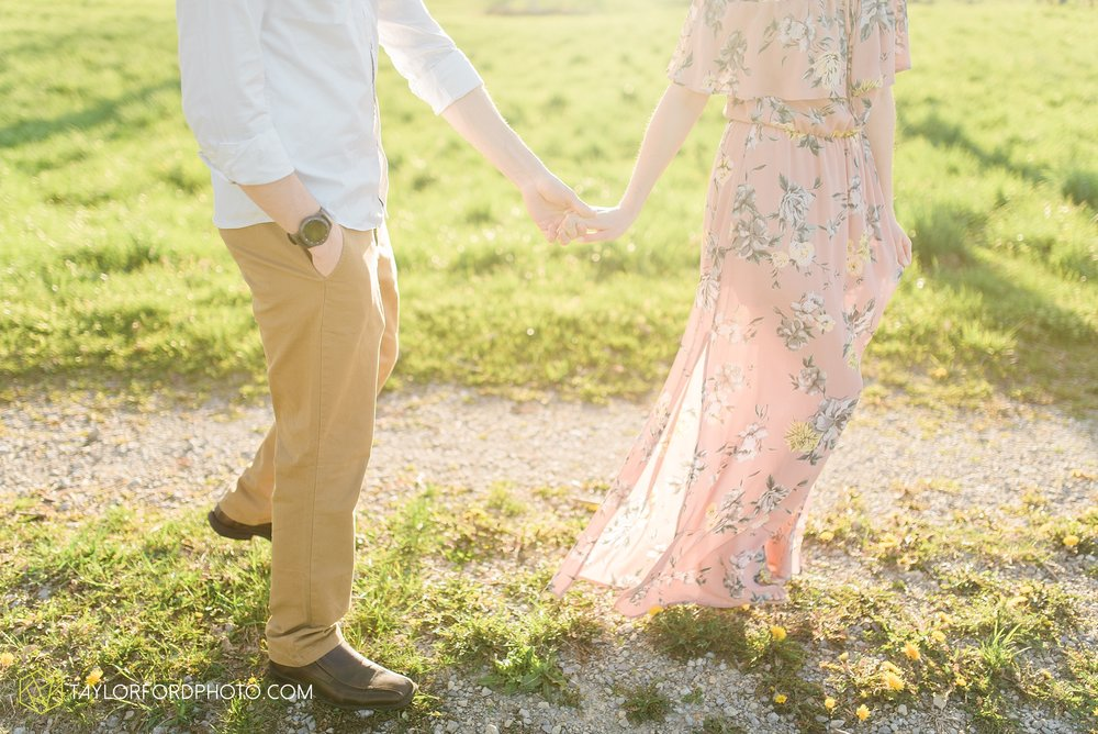 troy-ohio-engagement-wedding-photographer-Taylor-Ford-Photography_7031.jpg