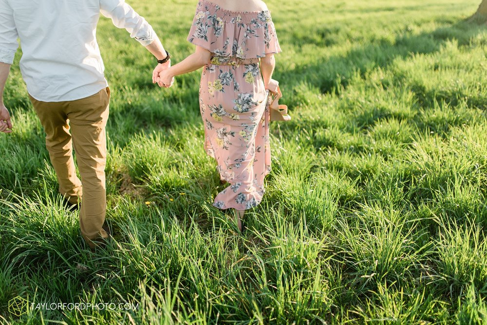 troy-ohio-engagement-wedding-photographer-Taylor-Ford-Photography_7033.jpg