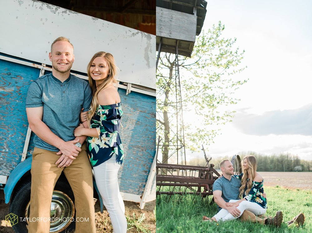 van-wert-ohio-spring-farm-engagement-photographer-photographer-Taylor-Ford-Photography_7109.jpg