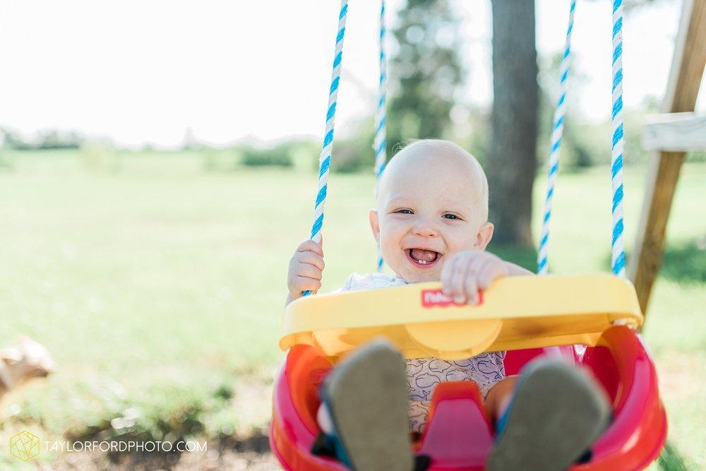 farm-life-van-wert-ohio-family-photographer-Taylor-Ford-Photography_7524.jpg