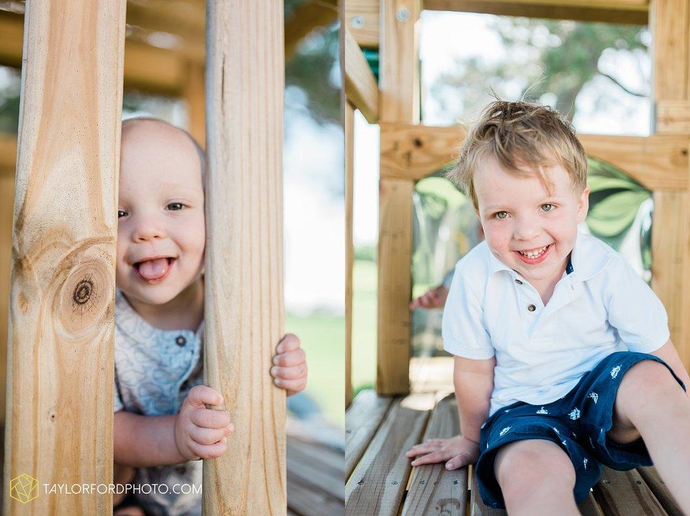 farm-life-van-wert-ohio-family-photographer-Taylor-Ford-Photography_7528.jpg