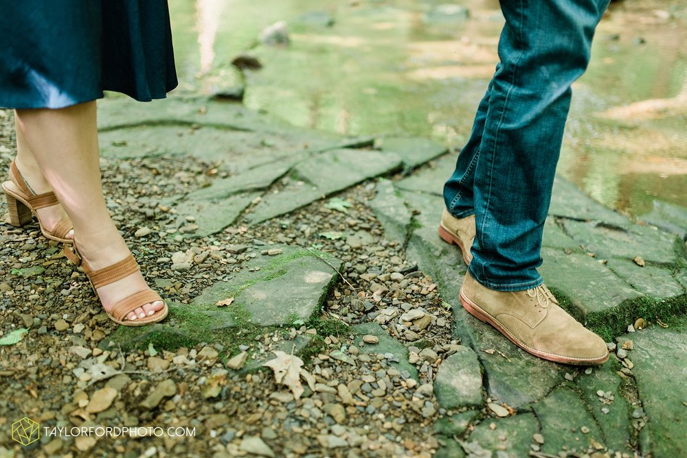 margo-evan-kohler-south-chagrin-reservation-chagrin-falls-cleveland-ohio-engagement-wedding-photographer-Taylor-Ford-Photography_8166.jpg