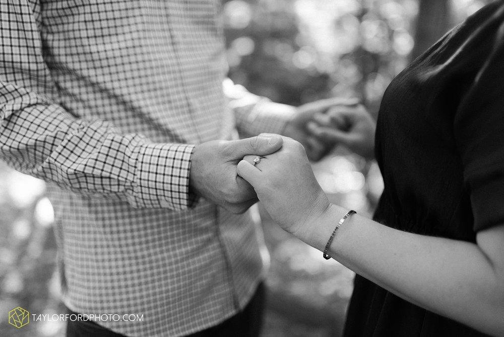 margo-evan-kohler-south-chagrin-reservation-chagrin-falls-cleveland-ohio-engagement-wedding-photographer-Taylor-Ford-Photography_8173.jpg