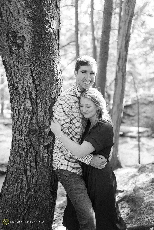 margo-evan-kohler-south-chagrin-reservation-chagrin-falls-cleveland-ohio-engagement-wedding-photographer-Taylor-Ford-Photography_8174.jpg