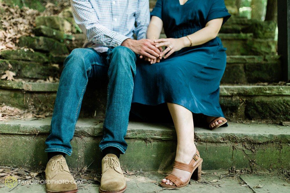 margo-evan-kohler-south-chagrin-reservation-chagrin-falls-cleveland-ohio-engagement-wedding-photographer-Taylor-Ford-Photography_8188.jpg