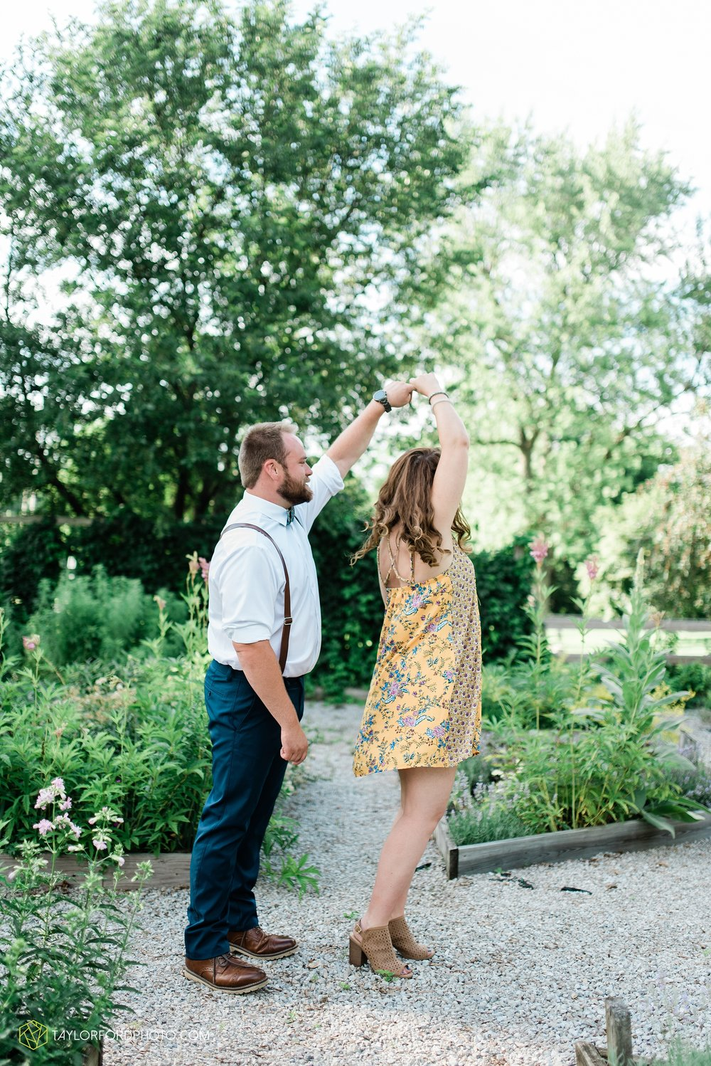chelsey-jackson-young-downtown-fort-wayne-indiana-the-halls-deck-engagement-wedding-photographer-Taylor-Ford-Photography_8201.jpg