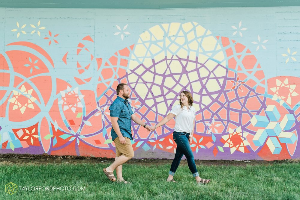 chelsey-jackson-young-downtown-fort-wayne-indiana-the-halls-deck-engagement-wedding-photographer-Taylor-Ford-Photography_8205.jpg
