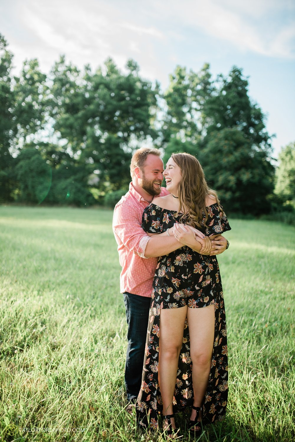 chelsey-jackson-young-downtown-fort-wayne-indiana-the-halls-deck-engagement-wedding-photographer-Taylor-Ford-Photography_8227.jpg