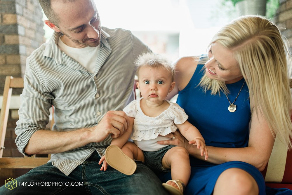 brita-family-downtown-fort-wayne-indiana-home-lifestyle-6-month-child-family-photographer-Taylor-Ford-Photography_8379.jpg