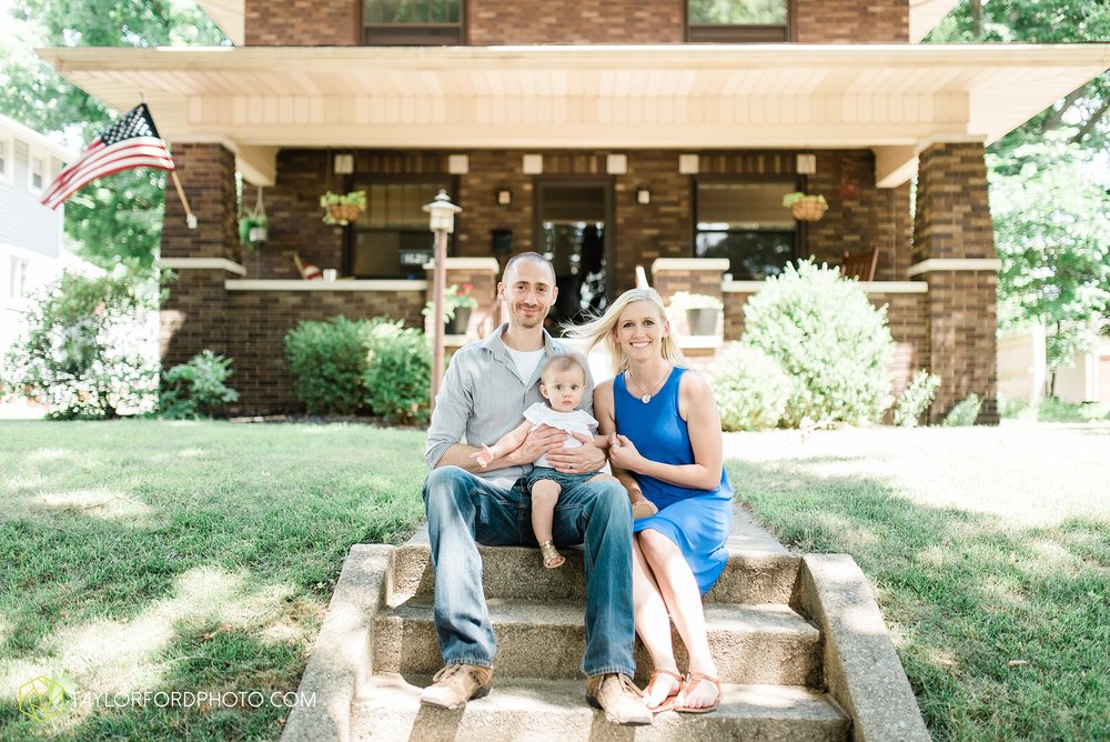 brita-family-downtown-fort-wayne-indiana-home-lifestyle-6-month-child-family-photographer-Taylor-Ford-Photography_8383.jpg