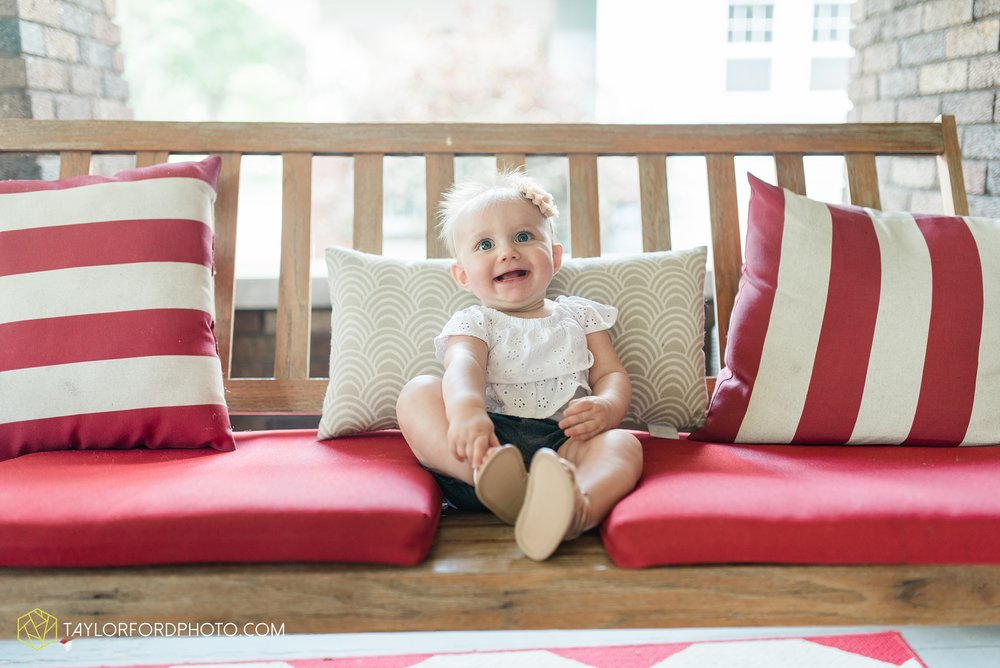 brita-family-downtown-fort-wayne-indiana-home-lifestyle-6-month-child-family-photographer-Taylor-Ford-Photography_8385.jpg