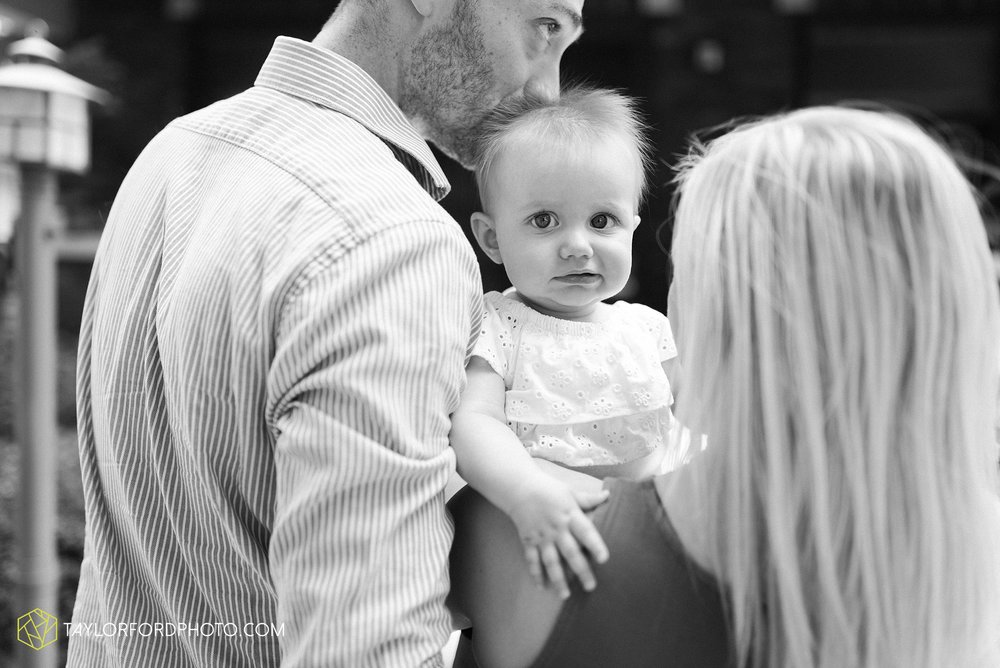 brita-family-downtown-fort-wayne-indiana-home-lifestyle-6-month-child-family-photographer-Taylor-Ford-Photography_8395.jpg