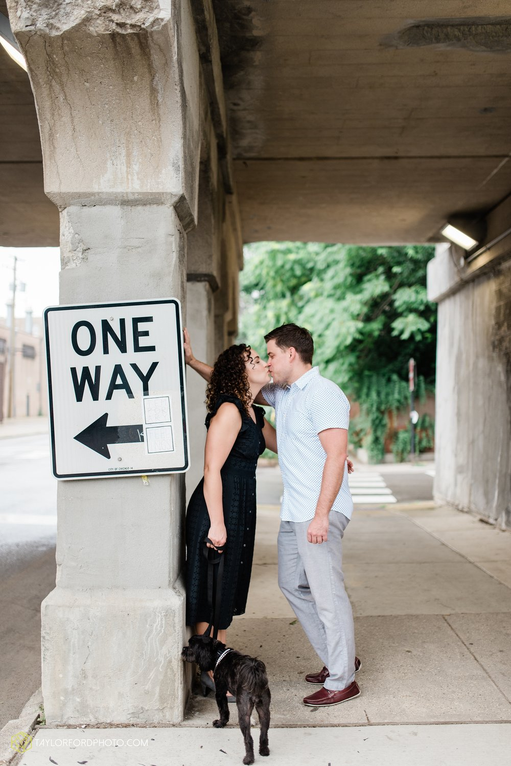 chicago-illinois-ipsento-606-high-line-wicker-park-bucktown-prosecutor-engagement-wedding-photographer-Taylor-Ford-Photography_8703.jpg