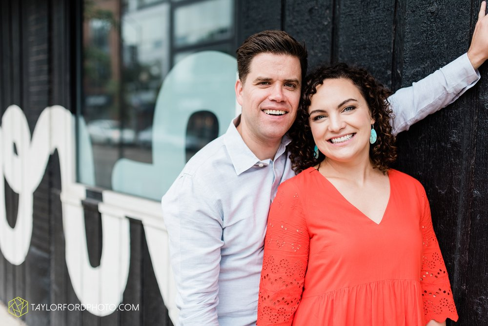 chicago-illinois-ipsento-606-high-line-wicker-park-bucktown-prosecutor-engagement-wedding-photographer-Taylor-Ford-Photography_8711.jpg