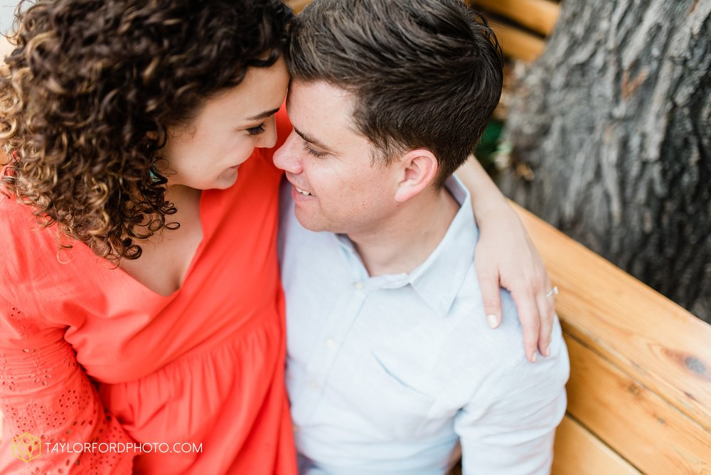 chicago-illinois-ipsento-606-high-line-wicker-park-bucktown-prosecutor-engagement-wedding-photographer-Taylor-Ford-Photography_8717.jpg