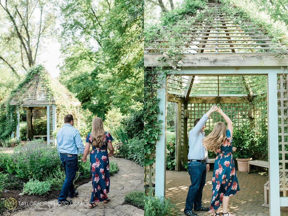westerville-columbus-ohio-inniswood-metro-park-engagement-wedding-fourth-friday-photographer-Taylor-Ford-Photography_8758.jpg