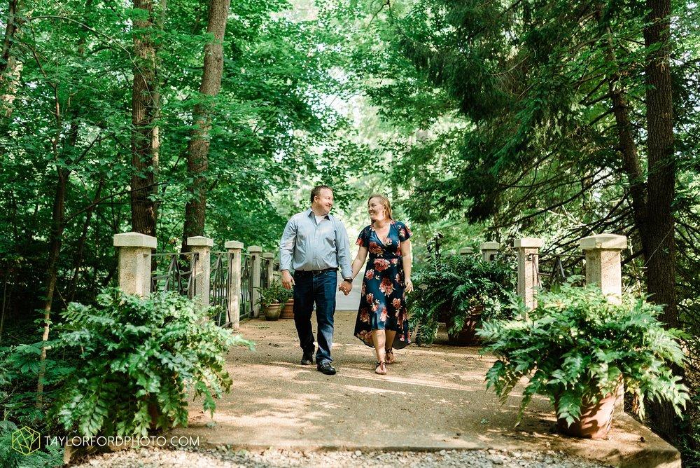 westerville-columbus-ohio-inniswood-metro-park-engagement-wedding-fourth-friday-photographer-Taylor-Ford-Photography_8762.jpg