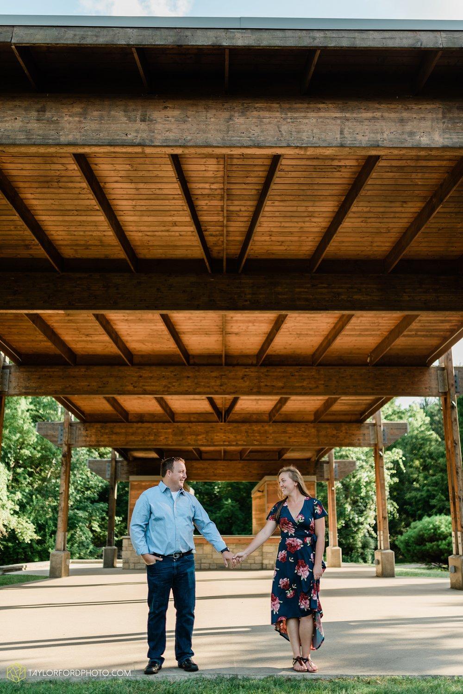 westerville-columbus-ohio-inniswood-metro-park-engagement-wedding-fourth-friday-photographer-Taylor-Ford-Photography_8763.jpg