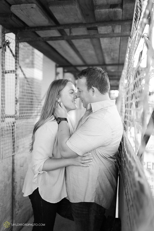 westerville-columbus-ohio-inniswood-metro-park-engagement-wedding-fourth-friday-photographer-Taylor-Ford-Photography_8775.jpg