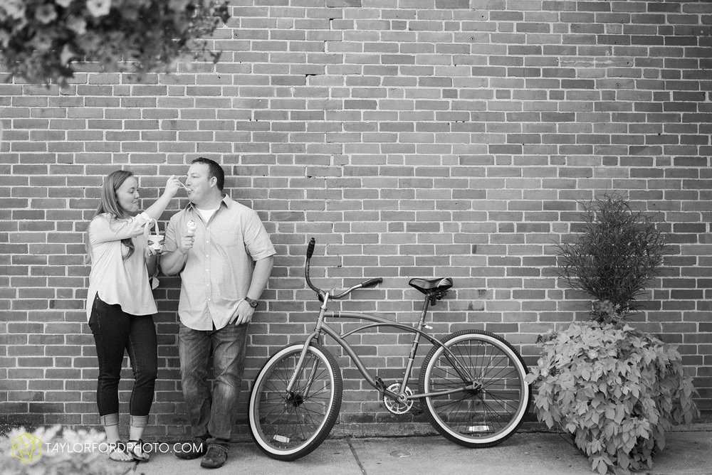 westerville-columbus-ohio-inniswood-metro-park-engagement-wedding-fourth-friday-photographer-Taylor-Ford-Photography_8778.jpg