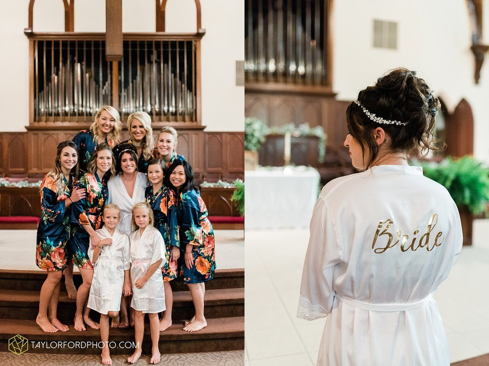 van-wert-ohio-first-united-methodist-church-county-dairy-barn-wedding-photographer-taylor-ford-photography_9806.jpg