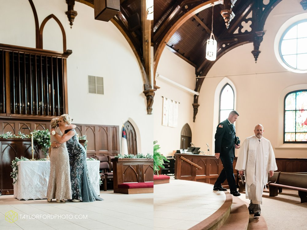 van-wert-ohio-first-united-methodist-church-county-dairy-barn-wedding-photographer-taylor-ford-photography_9824.jpg