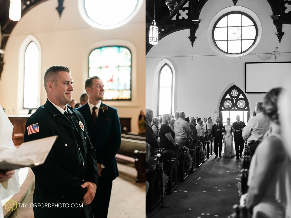van-wert-ohio-first-united-methodist-church-county-dairy-barn-wedding-photographer-taylor-ford-photography_9828.jpg