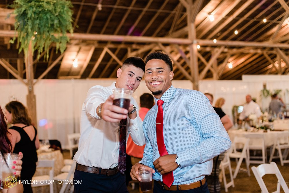 van-wert-ohio-first-united-methodist-church-county-dairy-barn-wedding-photographer-taylor-ford-photography_9879.jpg