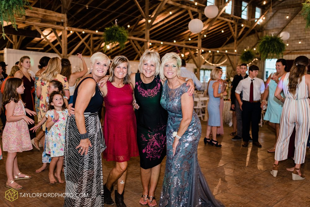 van-wert-ohio-first-united-methodist-church-county-dairy-barn-wedding-photographer-taylor-ford-photography_9880.jpg