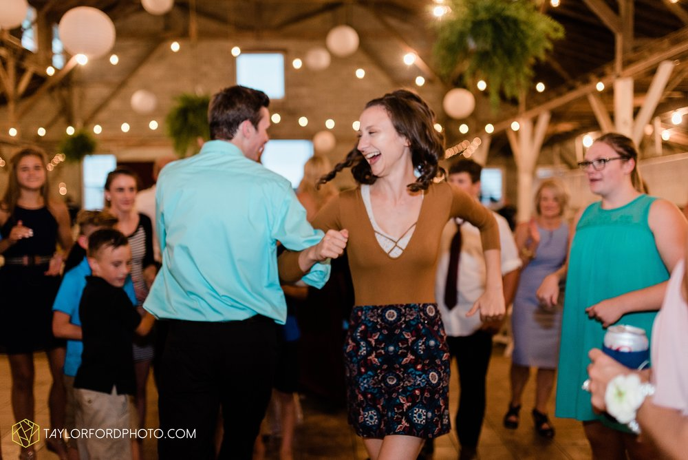 van-wert-ohio-first-united-methodist-church-county-dairy-barn-wedding-photographer-taylor-ford-photography_9887.jpg