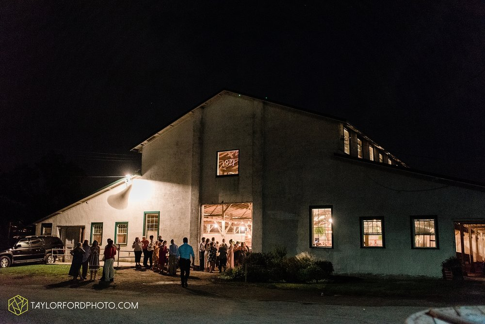 van-wert-ohio-first-united-methodist-church-county-dairy-barn-wedding-photographer-taylor-ford-photography_9893.jpg