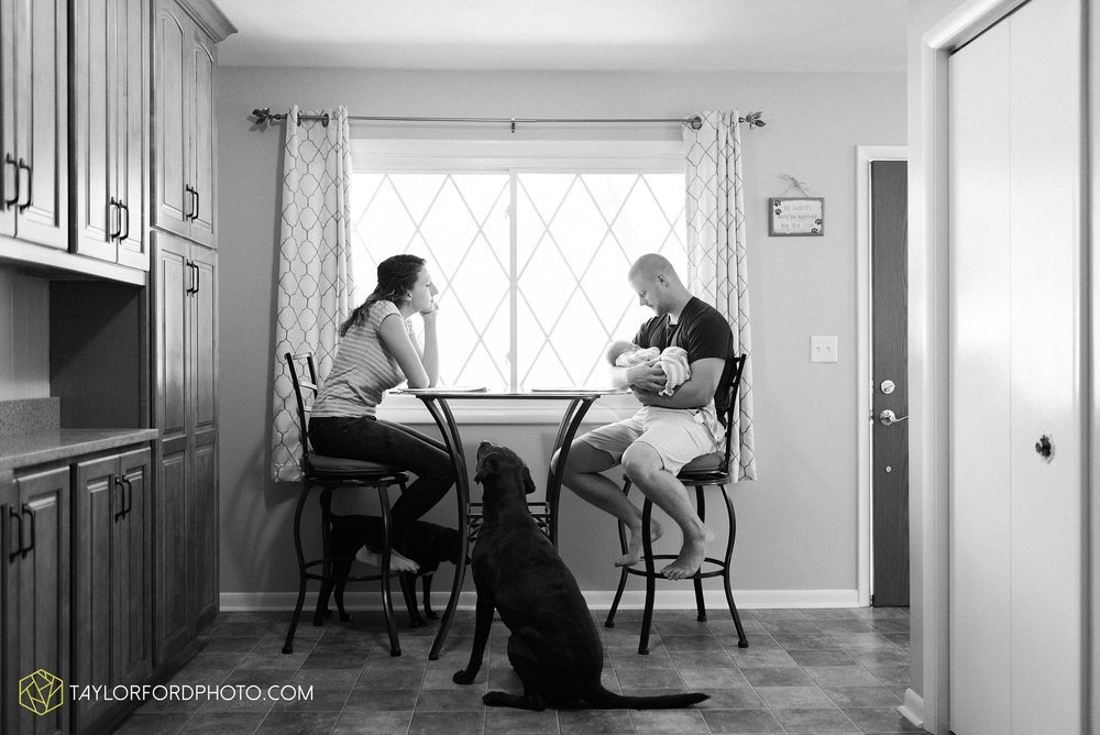 indoor-at-home-nursery-marshall-michigan-family-newborn-photographer-taylor-ford-photography_9981.jpg