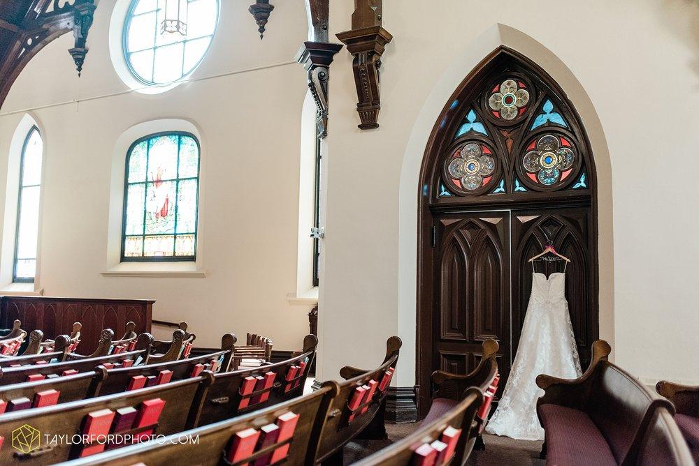 chelsey-zosh-jackson-young-first-united-methodist-church-senior-center-van-wert-ohio-wedding-photographer-taylor-ford-photography_0041.jpg