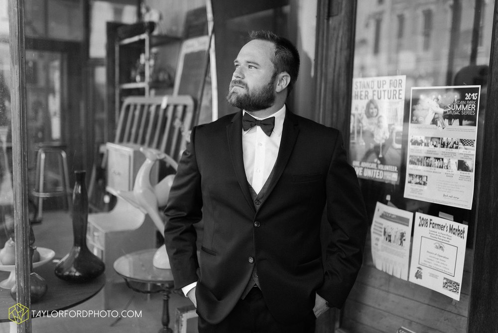 chelsey-zosh-jackson-young-first-united-methodist-church-senior-center-van-wert-ohio-wedding-photographer-taylor-ford-photography_0066.jpg