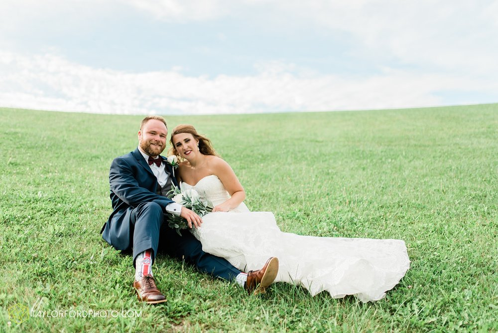 chelsey-zosh-jackson-young-first-united-methodist-church-senior-center-van-wert-ohio-wedding-photographer-taylor-ford-photography_0082.jpg