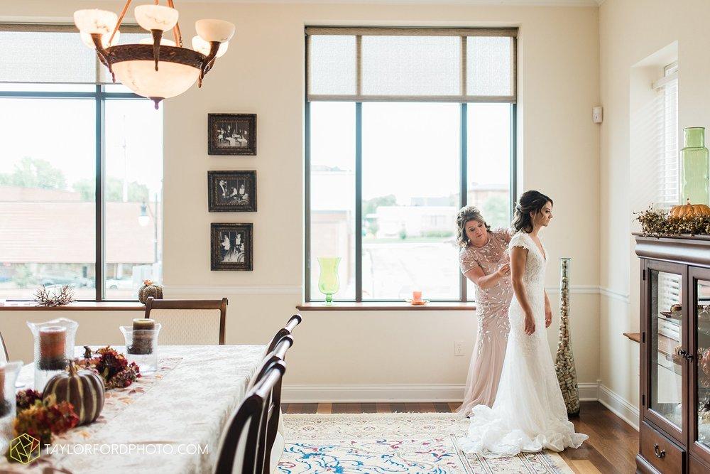 kacee-haden-sholl-second-story-saint-marys-knights-of-columbus-defiance-ohio-wedding-photographer-taylor-ford-photography_0133.jpg