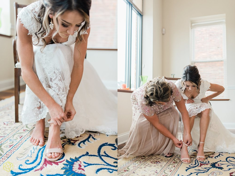 kacee-haden-sholl-second-story-saint-marys-knights-of-columbus-defiance-ohio-wedding-photographer-taylor-ford-photography_0134.jpg