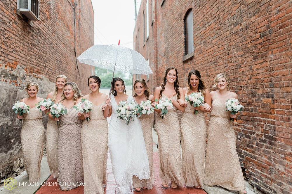 kacee-haden-sholl-second-story-saint-marys-knights-of-columbus-defiance-ohio-wedding-photographer-taylor-ford-photography_0138.jpg