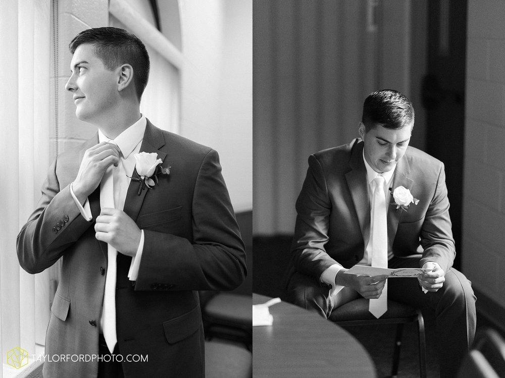 kacee-haden-sholl-second-story-saint-marys-knights-of-columbus-defiance-ohio-wedding-photographer-taylor-ford-photography_0141.jpg