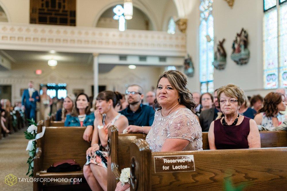 kacee-haden-sholl-second-story-saint-marys-knights-of-columbus-defiance-ohio-wedding-photographer-taylor-ford-photography_0145.jpg