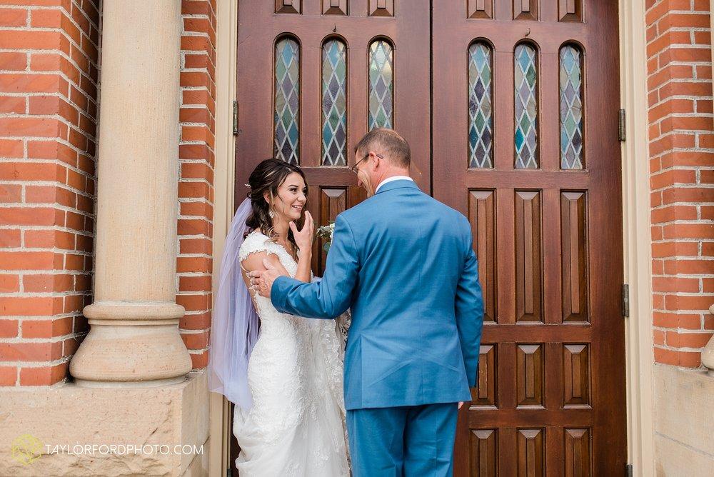 kacee-haden-sholl-second-story-saint-marys-knights-of-columbus-defiance-ohio-wedding-photographer-taylor-ford-photography_0147.jpg