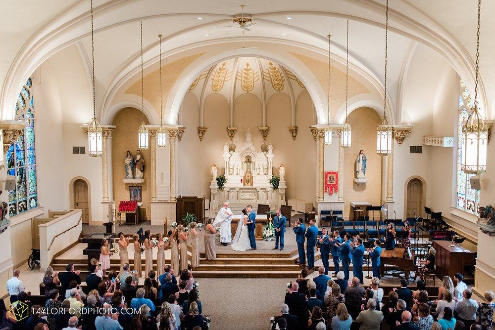 kacee-haden-sholl-second-story-saint-marys-knights-of-columbus-defiance-ohio-wedding-photographer-taylor-ford-photography_0156.jpg