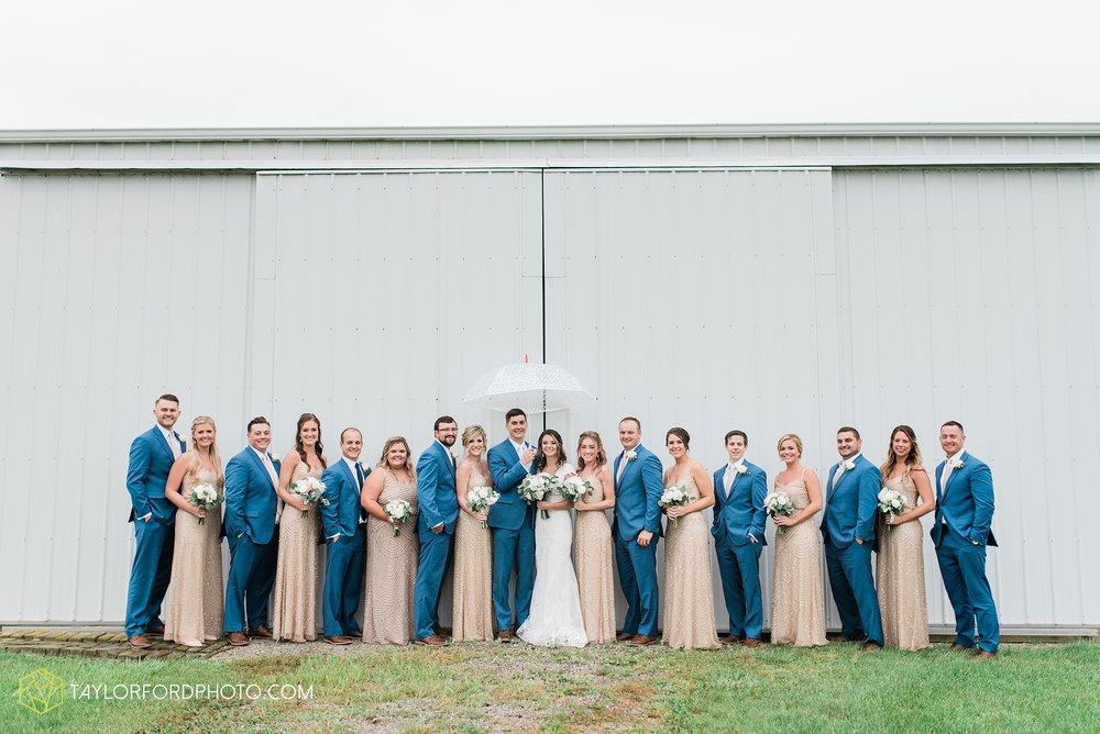 kacee-haden-sholl-second-story-saint-marys-knights-of-columbus-defiance-ohio-wedding-photographer-taylor-ford-photography_0162.jpg