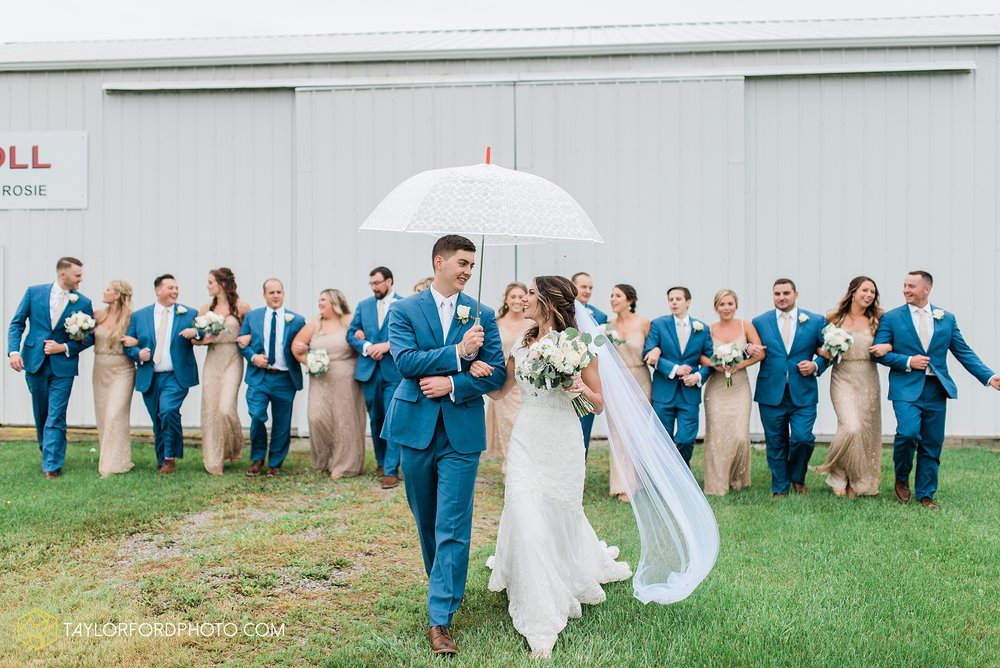 kacee-haden-sholl-second-story-saint-marys-knights-of-columbus-defiance-ohio-wedding-photographer-taylor-ford-photography_0163.jpg