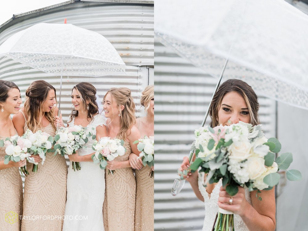 kacee-haden-sholl-second-story-saint-marys-knights-of-columbus-defiance-ohio-wedding-photographer-taylor-ford-photography_0165.jpg